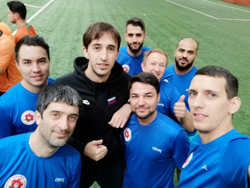 Футбольная команда больницы им. В.В. Виноградова поучаствовала в турнире «Спорт против рака»